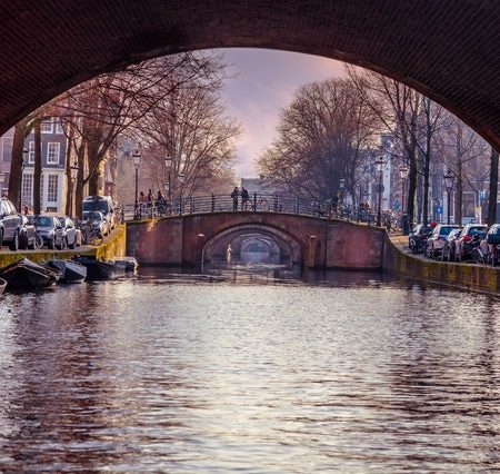 4 lekkere snacks om te snoepen wanneer je in Amsterdam bent